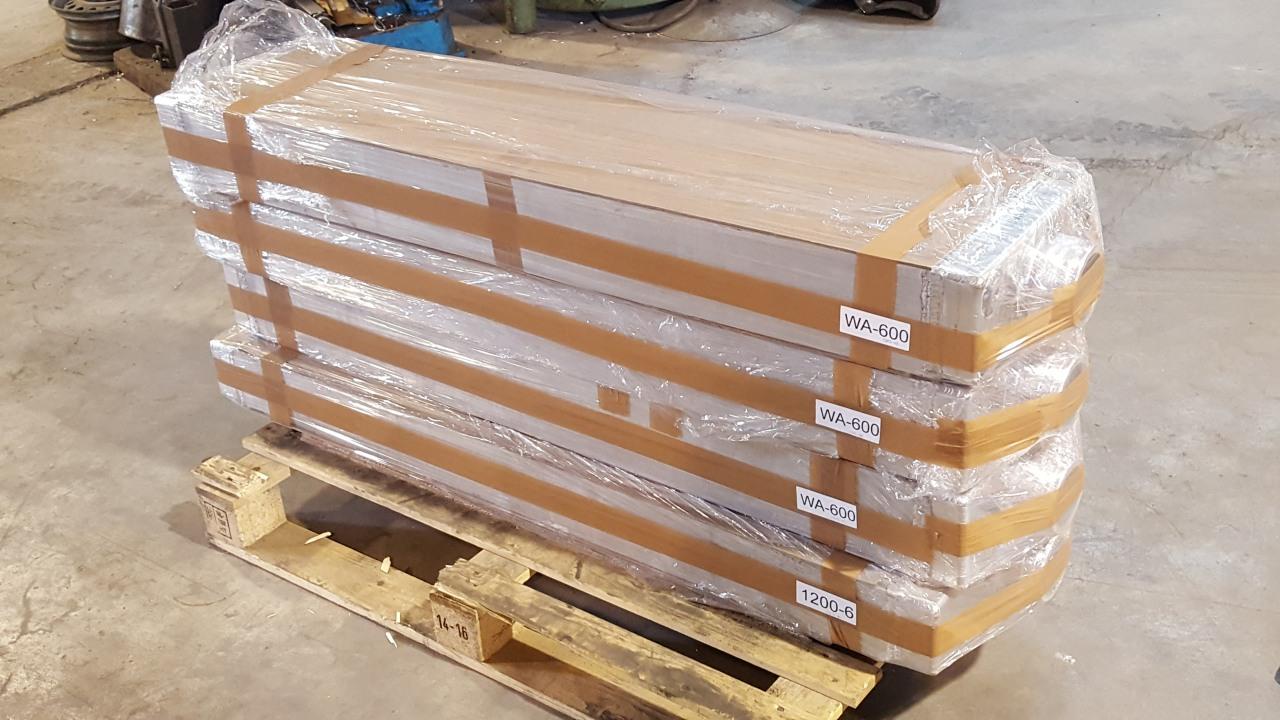 Hitachi EX1200-6 en komatsu wa600 radiator radiateur