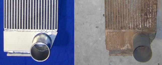 <h1>Revisie radiateuren</h1> Zo goed als nieuw! Rechts ziet u het origineel, links de gereviseerde radiateur.